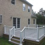 Deck with white rails